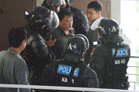 Man arrested after 4-hour stand-off in Punggol