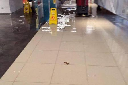 Flood water damages goods at Orchard mall ... again