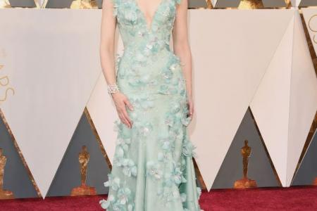 'Boring' fashion is in at the Oscars