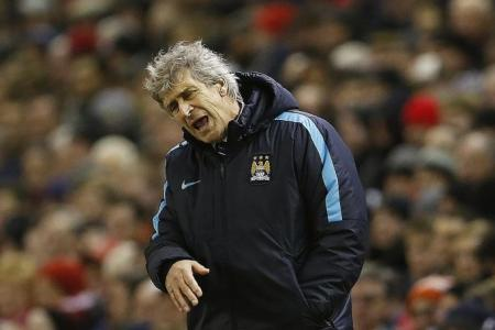 Pellegrini must tweak flawed formation or forget about title