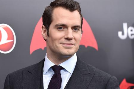 The M Interview: Henry Cavill pumps up before baring chest