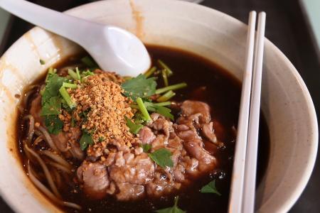 Jack Neo and Mark Lee: Long long time makan buddies