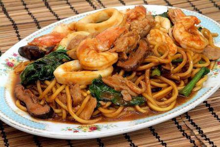Hed Chef: Penang-style Hokkien char