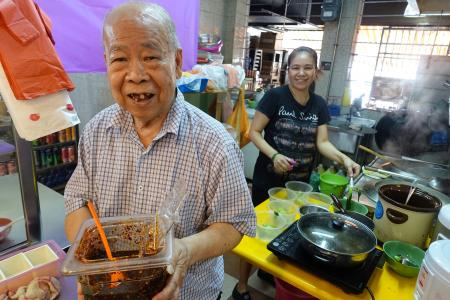Wonton mee master makes his own noodles