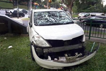 Five hurt in Alexandra Road crash