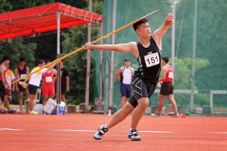 Yi Ren claims A Boys' javelin gold with personal best