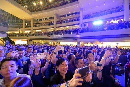 Team Cap gets big Singapore welcome at MBS