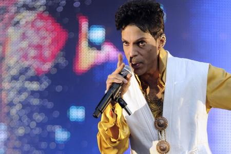 Music legend Prince dies at 57 - He had been suffering from flu for weeks