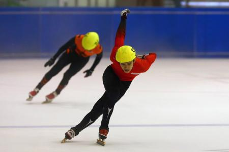 Healthy haul for speed skaters