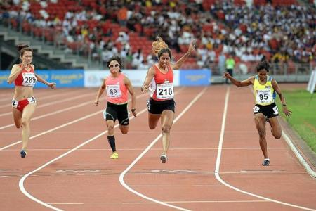 Easy 200m victory for Shanti