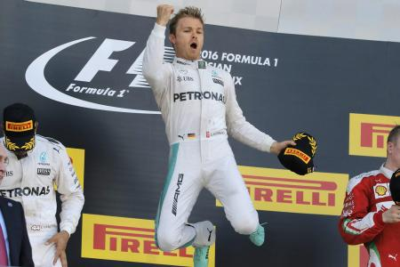 Rosberg gets seventh straight win on dramatic day at Sochi