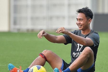 Fandi or Sundram could lead Lions on interim basis