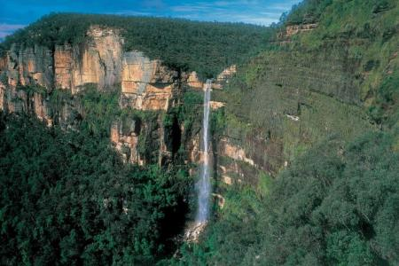 Singapore woman who fell to death at Blue Mountains had slipped