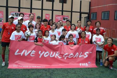 FAS out to attract female footballers