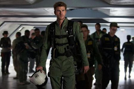 Liam Hemsworth: 'I want him to be Han Solo...a smart-ass'