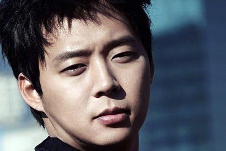 Embattled star Park Yoochun should leave his boyband JYJ