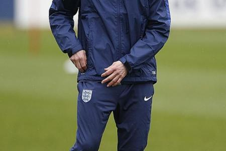 Southgate turns down England job