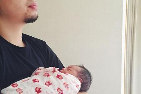 Rapper Alif Abdullah celebrates Hari Raya with new baby