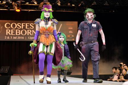 Clowning glory with Joker cosplay