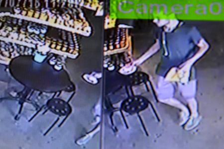 Did suspect pop into eatery minutes after making off with $30,000 at Standard Chartered?