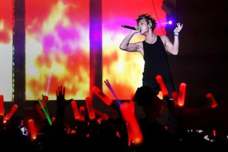 iKON delight fans at first concert in Singapore