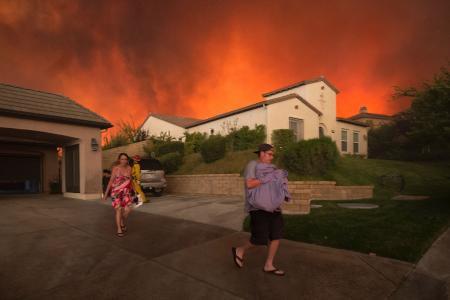 Californians flee as fire spreads