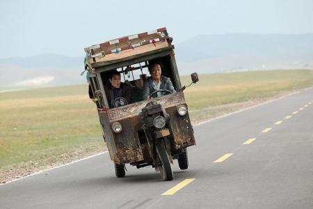 Movie Review: Skiptrace (PG)