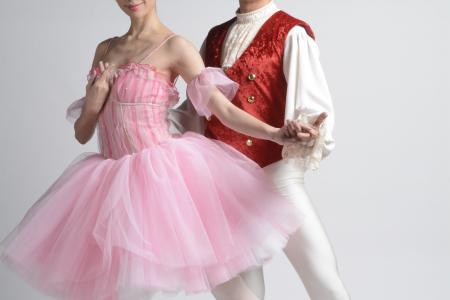 Pierre Png having a ballet of a time