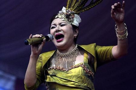 Veteran getai singer makes comeback after breast cancer battle