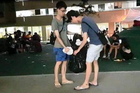 Pokefans pitch in to pick up litter in Hougang