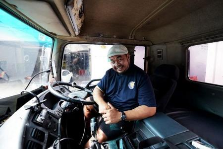 Truck driver goes 'live' to kill time