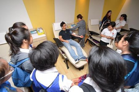 N.E.mation! participants learn about blood donation