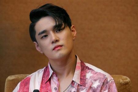 He dismisses 'idol' rumours