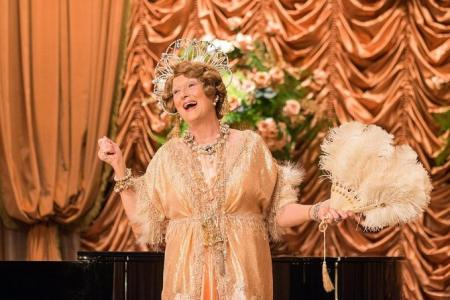 Streep:  'It's hard to sing BADLY '