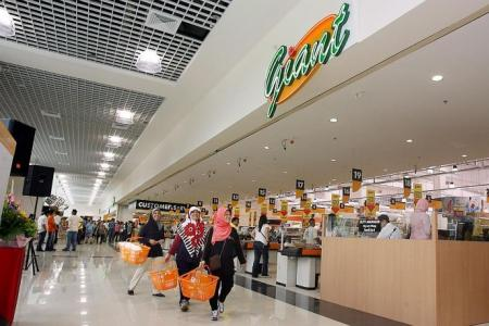 Tampines Courts and Giant 10th anniversary offers