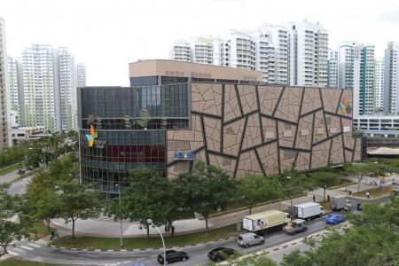 SPH Reit AGM: Shareholders ask about online shopping threat