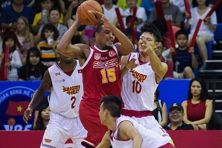 Slingers maintain perfect start