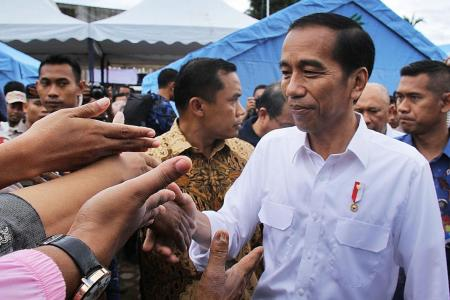 Jokowi to quake victims: We'll get through this