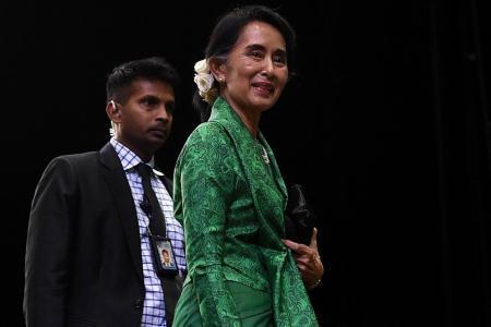 UN urges Suu Kyi to intervene in military crackdown on Rohingya