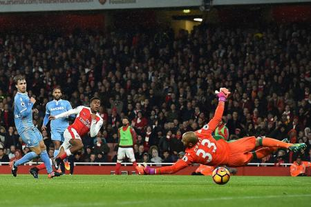 Wenger: We are in title fight