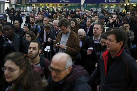 300,000 commuters affected in London's Southern Rail strikes