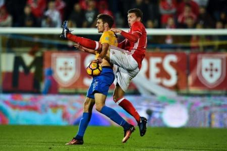 Manchester United eyeing Victor Lindelof