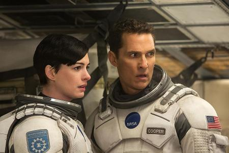 Other films about being lost in space