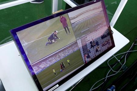 Infantino approves video referee trial
