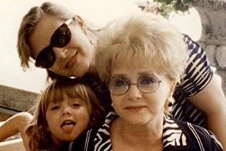 Fisher's daughter breaks silence