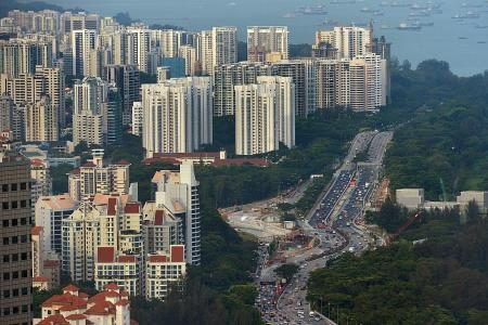 Private home prices fall by 0.4 per cent