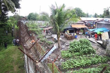 158 escape Philippine jail in rebel-led raid