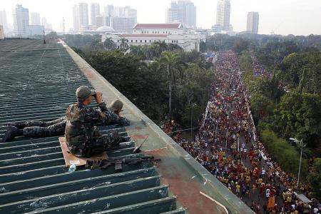 Black Nazarene procession draws 1.5 million