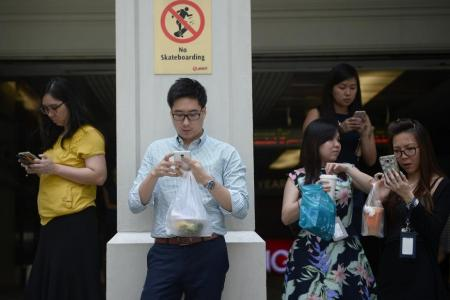 Singapore residents rank third globally in social media usage