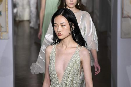 Valentino goes for elegance this spring